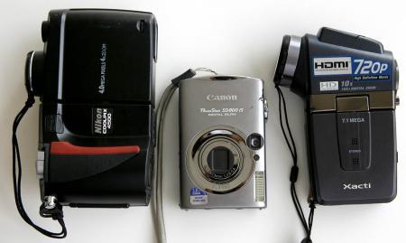 CoolPix 4500, Powershot SD800IS, Xacti HD2